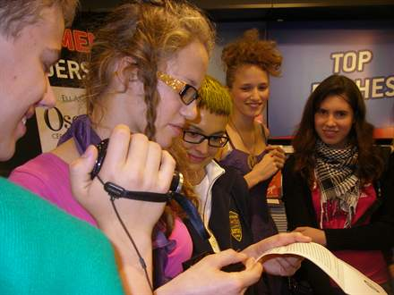 PHOTO-18 - Eli Anderson au Virgin Megastore - Versilio